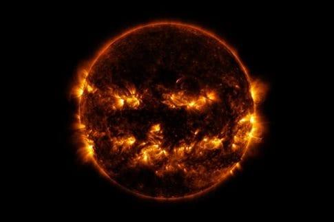Ήλιος: λίγο πιο κοντά   (Φωτογραφία:  NASA/SDO )